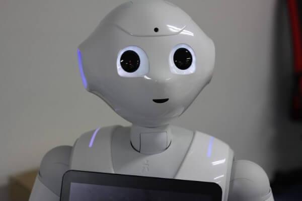 ソフトバンク ARM 買収 robot