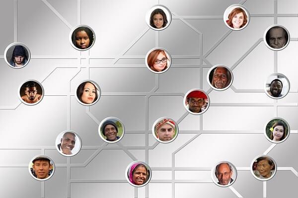 投資顧問ID インターネットで影響力を持つ層